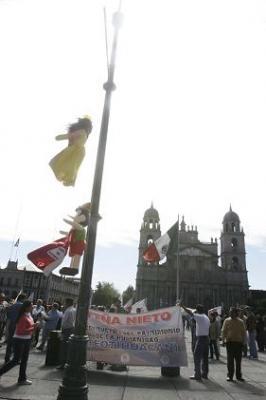 """Llegan protestas contra """"Resplandor Teotihuacano"""" hasta Toluca"""