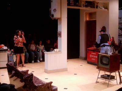 'La nueva familia' en el Dramafest, obra mexicana de un humor terrible bajo dirección alemana