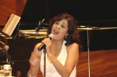 Malena Durán recorre caminos de fusión musical