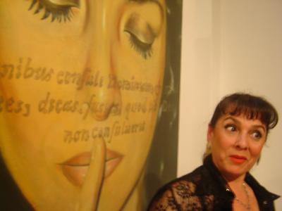 """Obras vivas que """"observan"""" al espectador"""