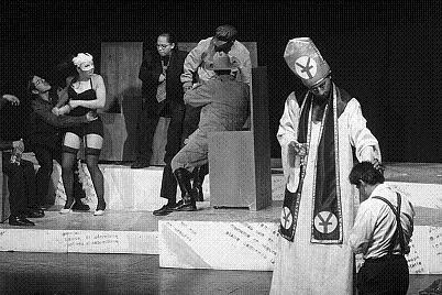 No habrá Compañía Estatal de Teatro