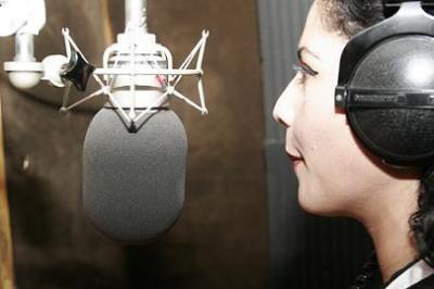 Anuncian la apertura de cuatro estaciones estatales en FM